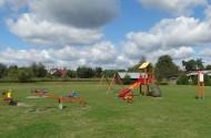 Utworzenie placu zabaw na terenach rekreacyjnych w Woli Uhruskiej